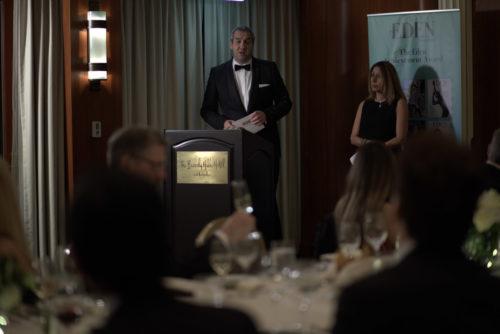 die Gastgeber des 1. THE EDEN ACHIEVEMENT AWARDS 2017 Marcus Giers und Maryam Morrision