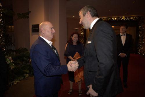 2 Philanthropen begrüßen sich Bruno Serato und Marcus Giers