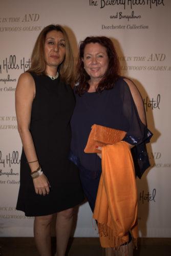 Maryam Morrision mit Astrid Arens