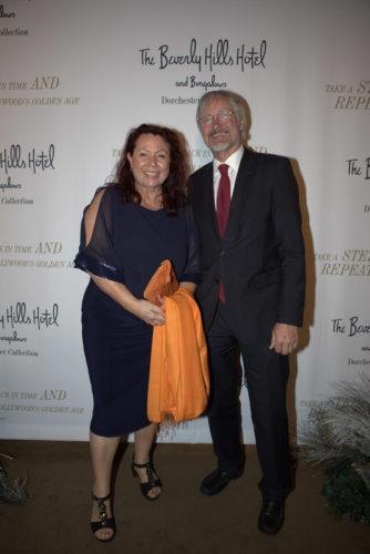 dt. Rednerin Astrid Arens mit dt. Generalkonsul Hans Jörg Neumann