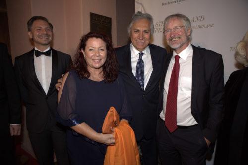 Marcus Rübbe, Astrid Arens mit den int. Generalkonsulen Fernando Lazcano-Dunn und Hans Jörg Neumann