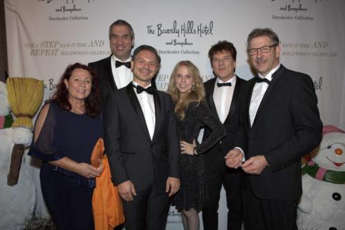 Deutsche Top-Speaker Astrid Arens, Marcus Rübbe, Marcus Giers, Christoph Ulrich Mayer, Gerhard Matthes mit Hollywood Schauspielerin Dina Morrone (mitte)